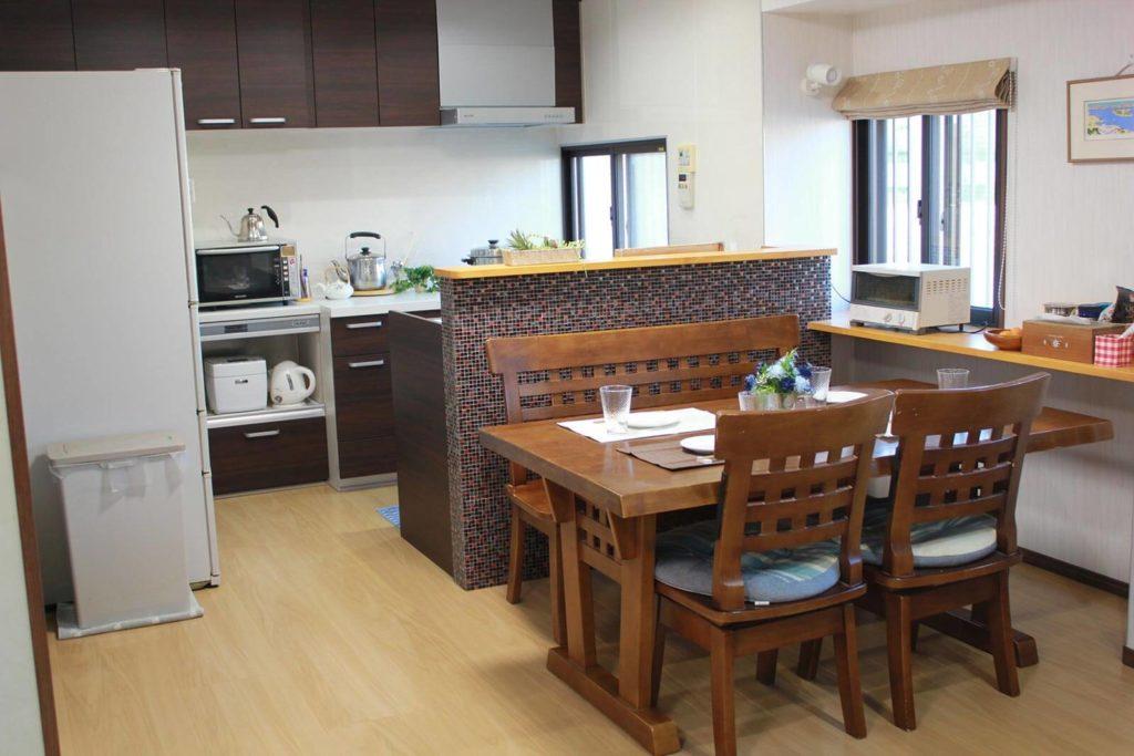 二列配置キッチンで動きやすい動線!