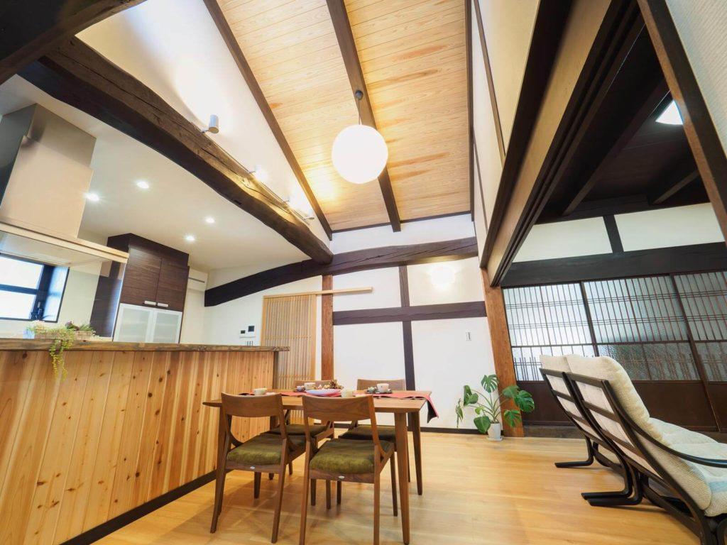 月日を重ねた素材の温もりを満喫できる家